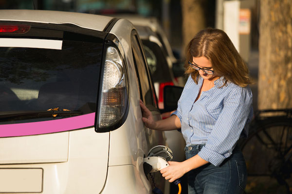 Consumers Push for Tougher Car Emissions Standards